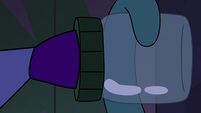 S4E21 Pyro Pony puts lid on the pickle jar