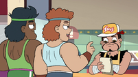 S4E26 Two bodybuilders ordering tacos