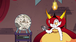 S4E20 Hekapoo tunes Omni's orb to map of Mewni
