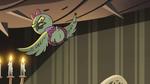 S2E40 Avarius' daughter flying away annoyed
