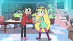 S2E18 Star and Marco saying their goodbyes