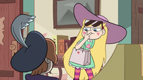 S2E40 Star Butterfly keeping her eyes on Ruberiot