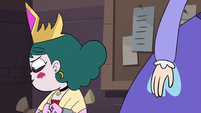 S4E24 Eclipsa looks away as Star leaves