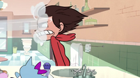 S1E8 Blowdryer in Marco's face