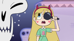 S3E11 Star Butterfly reading the eye chart