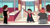 S3E13 Marco Diaz opening a portal to Mewni