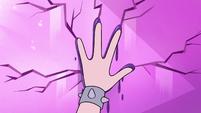 S3E37 Star touching Moon's handprint on wall