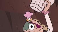 S4E2 Pie King reveals his royal crown