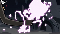 S3E27 Star's magic wand changing form