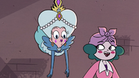 S3E28 Eclipsa Butterfly 'I'll have to go around'
