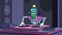 S3E16 Robot DJ playing music