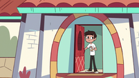 S3E8 Marco Diaz answering the front door