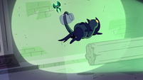 S4E21 Nameless Spell evading Void Cat and Ouro 2