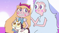 S3E38 Star Butterfly grabs Moon's unicorn