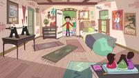 S4E5 Marco Diaz's bedroom is restored