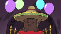 S3E25 Ceremonial stump with a sombrero on it