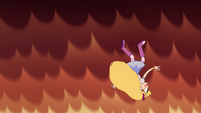 S4E6 Star Butterfly falling out of the sky