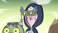 S2E40 Queen Moon zooms in with her binoculars