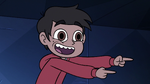 S3E6 Marco Diaz points his fingers at the performers