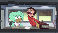 S4E16 Marco trying to lift the rulebook