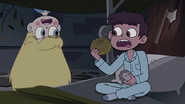 S4E1 Star 'you bought one of their pies?!'