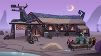 S4E22 Exterior view of Dragon Spit tavern