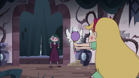 S3E11 Star Butterfly points her wand at Eclipsa