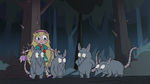 S3E1 Star Butterfly sneaking up behind rats