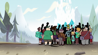 S2E10 Tourists watching Old Youthful erupt