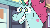 S2E24 Pony Head grinning widely at Marco Diaz