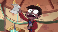 S3E31 Marco running with Buff Frog's note