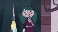 S3E11 Eclipsa Butterfly with her hand on her chin