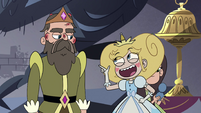S4E10 Star compliments the king's beard