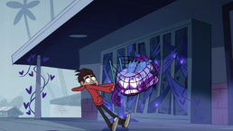 S01E11 Marco łapie Star siatką