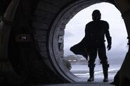 The Mandalorian Still 01