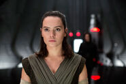 Rey & Ren Snokes Throne Room TLJ EW