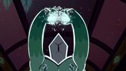 S2E25 Rhombulus charging his crystal magic