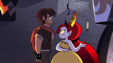 S2E31 Hekapoo presents the new scissors to Marco