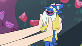 S3E11 Glossaryck docile in Star Butterfly's hands