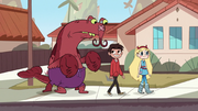 Star y Marco junto a Lobster Claws