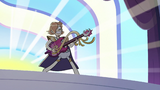 S2E40 Ruberiot playing an electric harp guitar