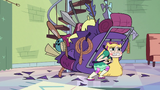 S2E28 Weapons rip through Star Butterfly's backpack