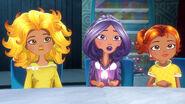 Leona, Sage, Gemma (odc. 1)