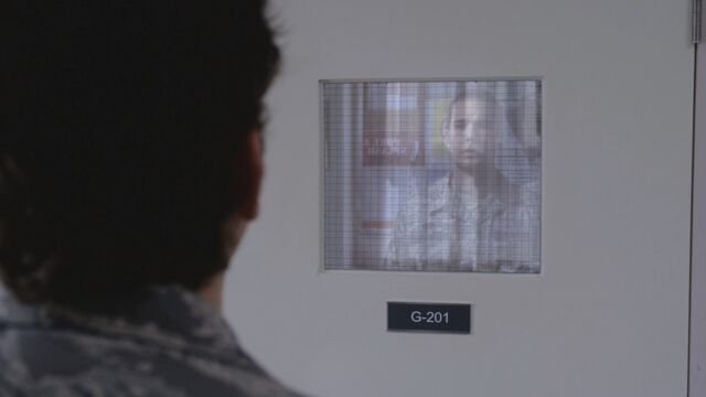 File:Tracy in a mirror.jpg