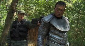 SG1-10x17-Mitchell et Teal'c