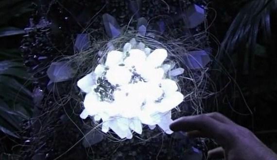 File:Crystal of M3X-387.jpg