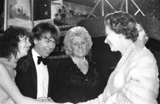 File:L84 Lloyd Webber Queen.jpg