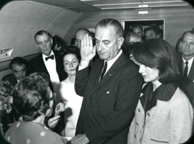 File:Lyndon B Johnson taking the oath of office.jpg