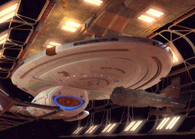 File:Voyager dock.jpg