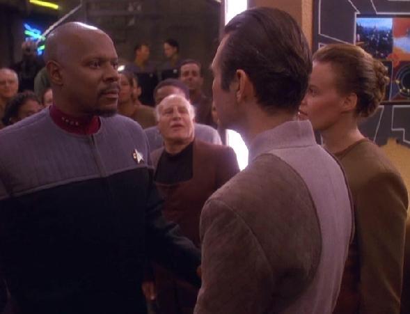 File:Sisko and Yevir.jpg
